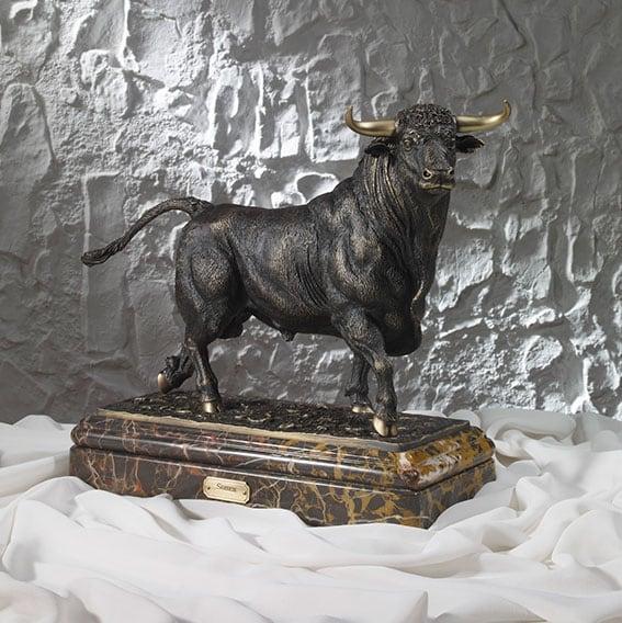 Soher-Figuras-de-bronce-toros